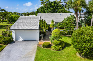 91  Cambridge Lane  For Sale 10650600, FL