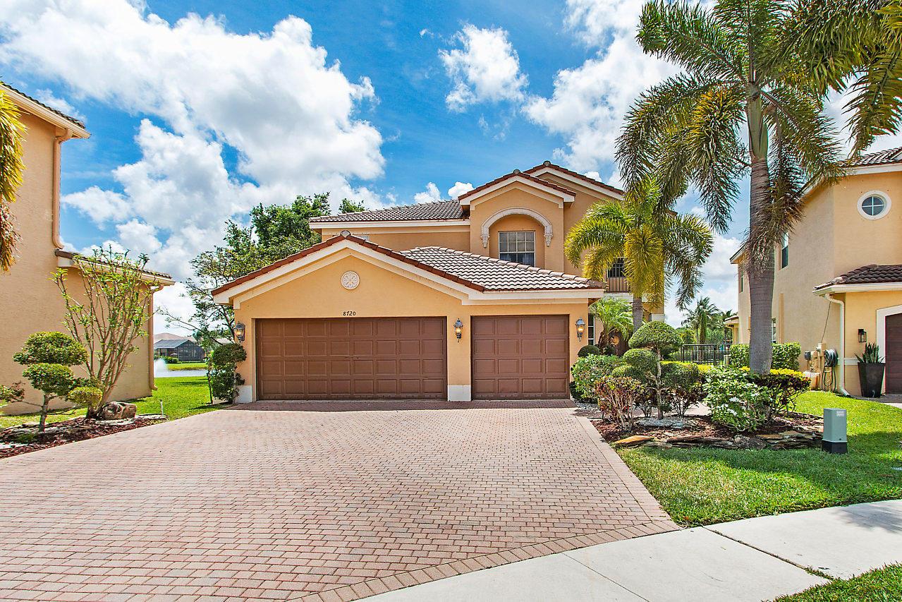 8720 Woodgrove Harbor Lane  Boynton Beach, FL 33473
