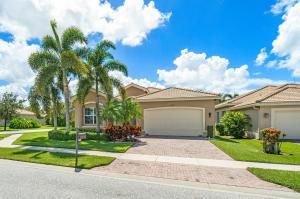 10807  Redlake Isle Isle  For Sale 10650271, FL