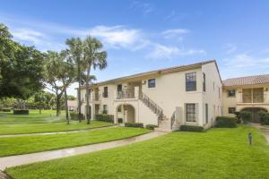 2600  Greenwood Terrace 205 For Sale 10649627, FL