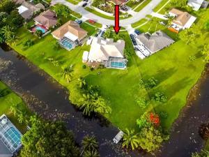 238  Las Palmas Street  For Sale 10650612, FL