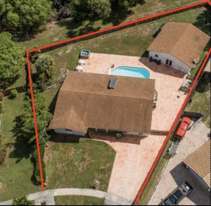 680 SW 17th Court  For Sale 10650701, FL