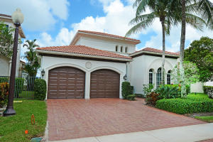 17953  Villa Club Way  For Sale 10650552, FL