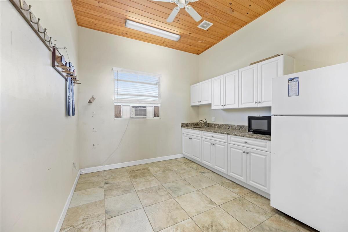 Kitchen in 18-stall barn
