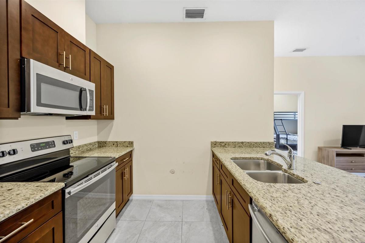 Groom's kitchen