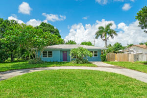55 NW 6th Avenue  For Sale 10650488, FL