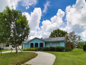5712 E Seminole Road  For Sale 10650756, FL