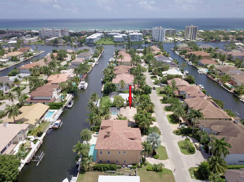 933 Banyan Drive  Delray Beach, FL 33483