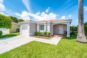 1403 SW 45th Way  For Sale 10650157, FL