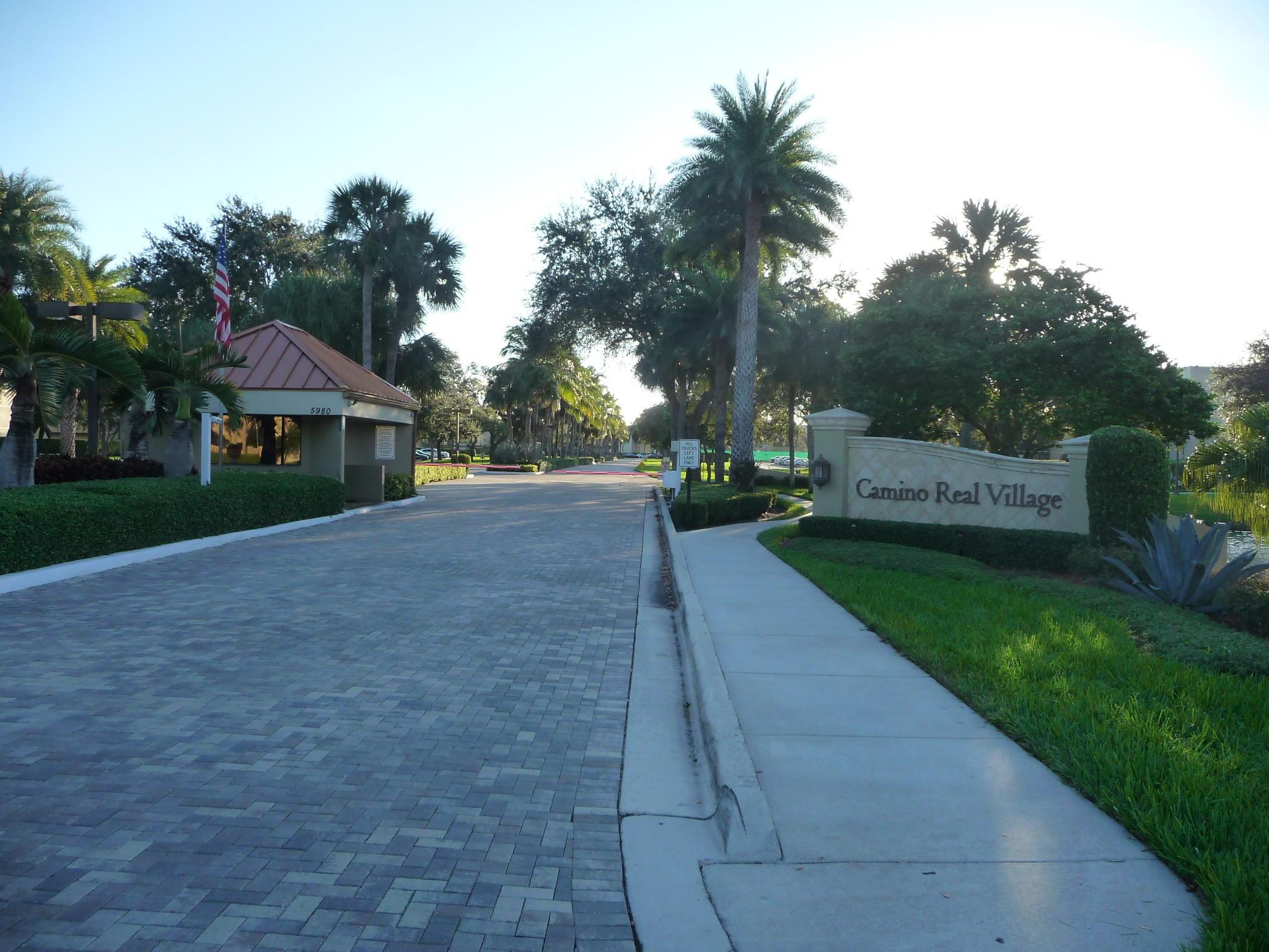5651 Camino Del Sol 300  Boca Raton, FL 33433