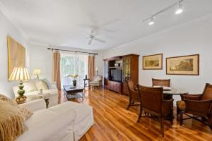 11789  St Andrews Place 10-105 For Sale 10650821, FL