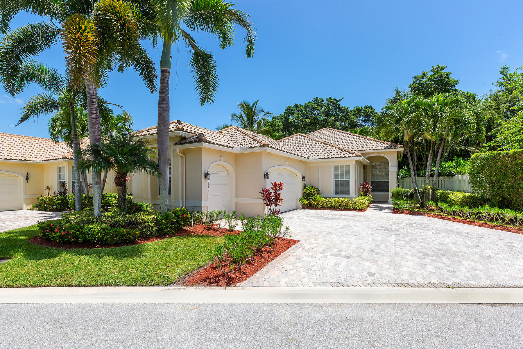 Home for sale in EAGLES LANDING OF P B POLO AND COUNTRY CLUB Wellington Florida