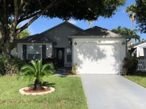 3922  Circle Lake Drive  For Sale 10650922, FL