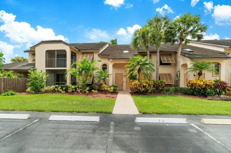 10188 Mangrove Drive 203 Boynton Beach, FL 33437 photo 2