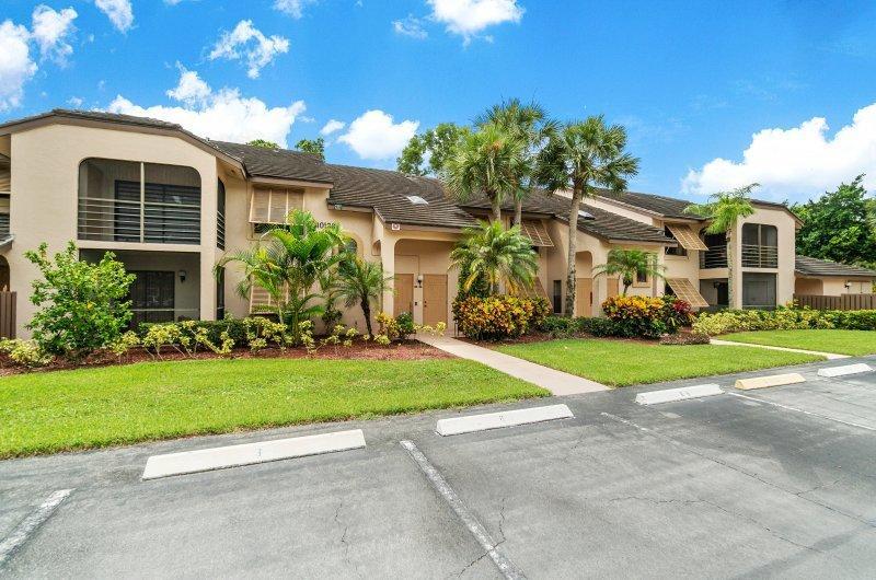 10188 Mangrove Drive 203 Boynton Beach, FL 33437 photo 3