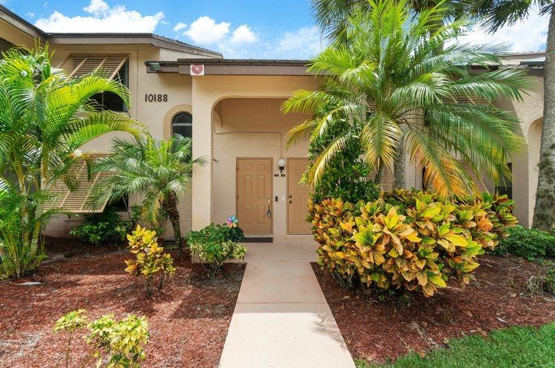 10188 Mangrove Drive 203 Boynton Beach, FL 33437 photo 5