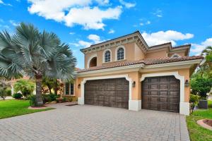 544  Edgebrook Lane  For Sale 10651219, FL