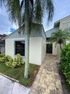 1227  The 12th Fairway   For Sale 10651252, FL