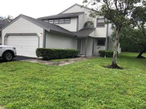 2486  Bedford Mews Drive  For Sale 10651782, FL