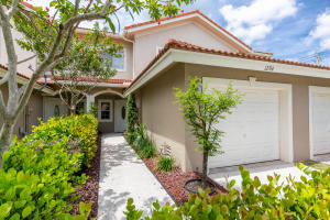 12764  Westhampton Circle  For Sale 10652069, FL