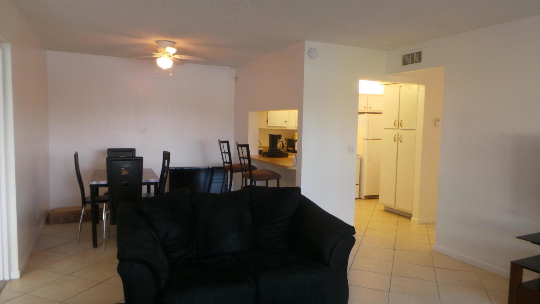 1109 Green Pine Boulevard B1 West Palm Beach, FL 33409 photo 5