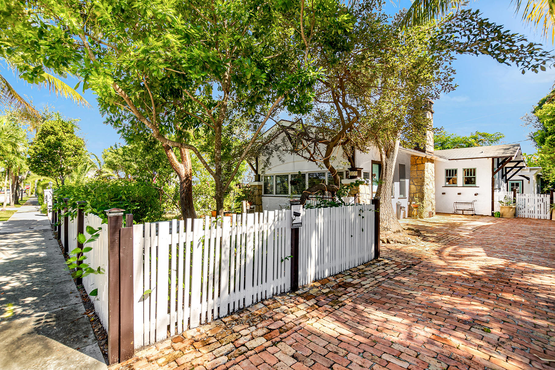 Home for sale in SOUTHLAND PARK ADD I West Palm Beach Florida