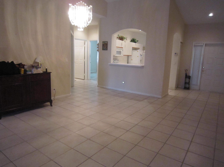9735 Crescent View Drive Boynton Beach, FL 33437 photo 8