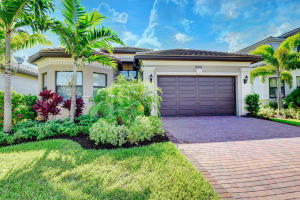 16334  Cabernet Drive  For Sale 10652332, FL