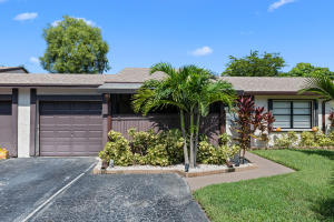 8  Seneca Court  For Sale 10652025, FL