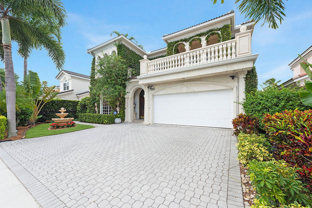 2085 Regents Boulevard  West Palm Beach FL 33409