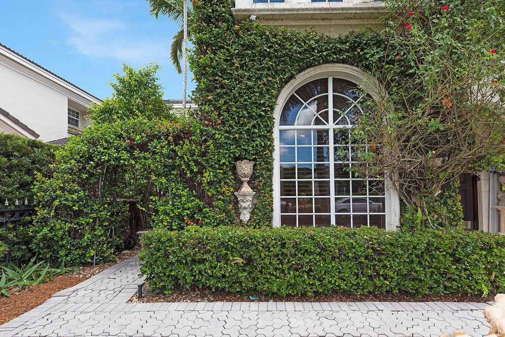 2085 Regents Boulevard West Palm Beach, FL 33409 photo 6