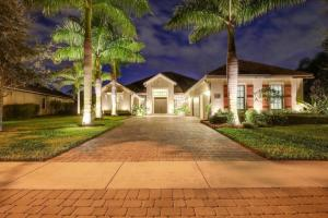3352  Siena Circle  For Sale 10652195, FL