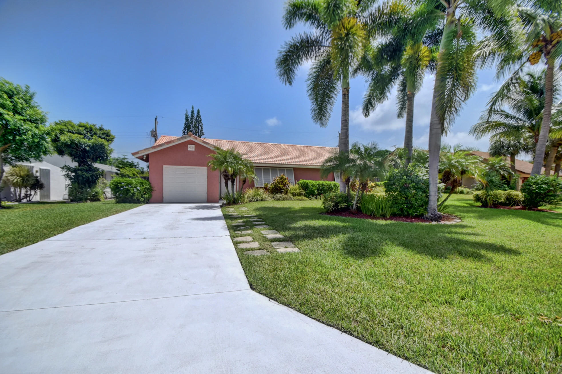 Home for sale in TROPIC PALMS 1 Delray Beach Florida