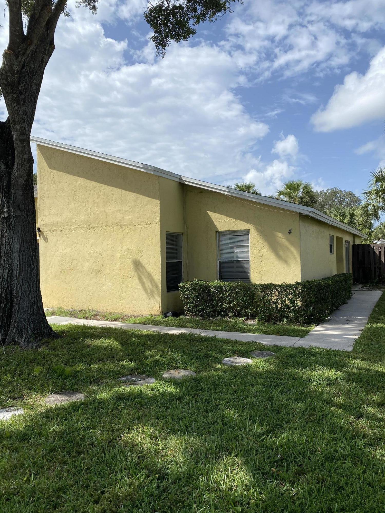 210 Sparrow Drive 4 Royal Palm Beach, FL 33411