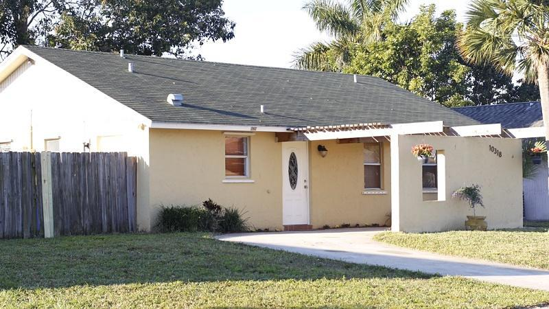 Home for sale in COUNTERPOINT EST 2 AS Royal Palm Beach Florida