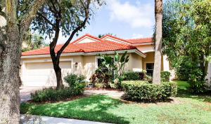 4186  Torres Circle  For Sale 10652814, FL