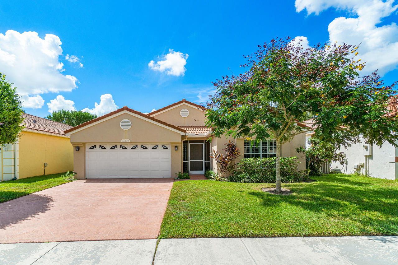 Home for sale in Starlight Cove - Pipers Glen Boynton Beach Florida