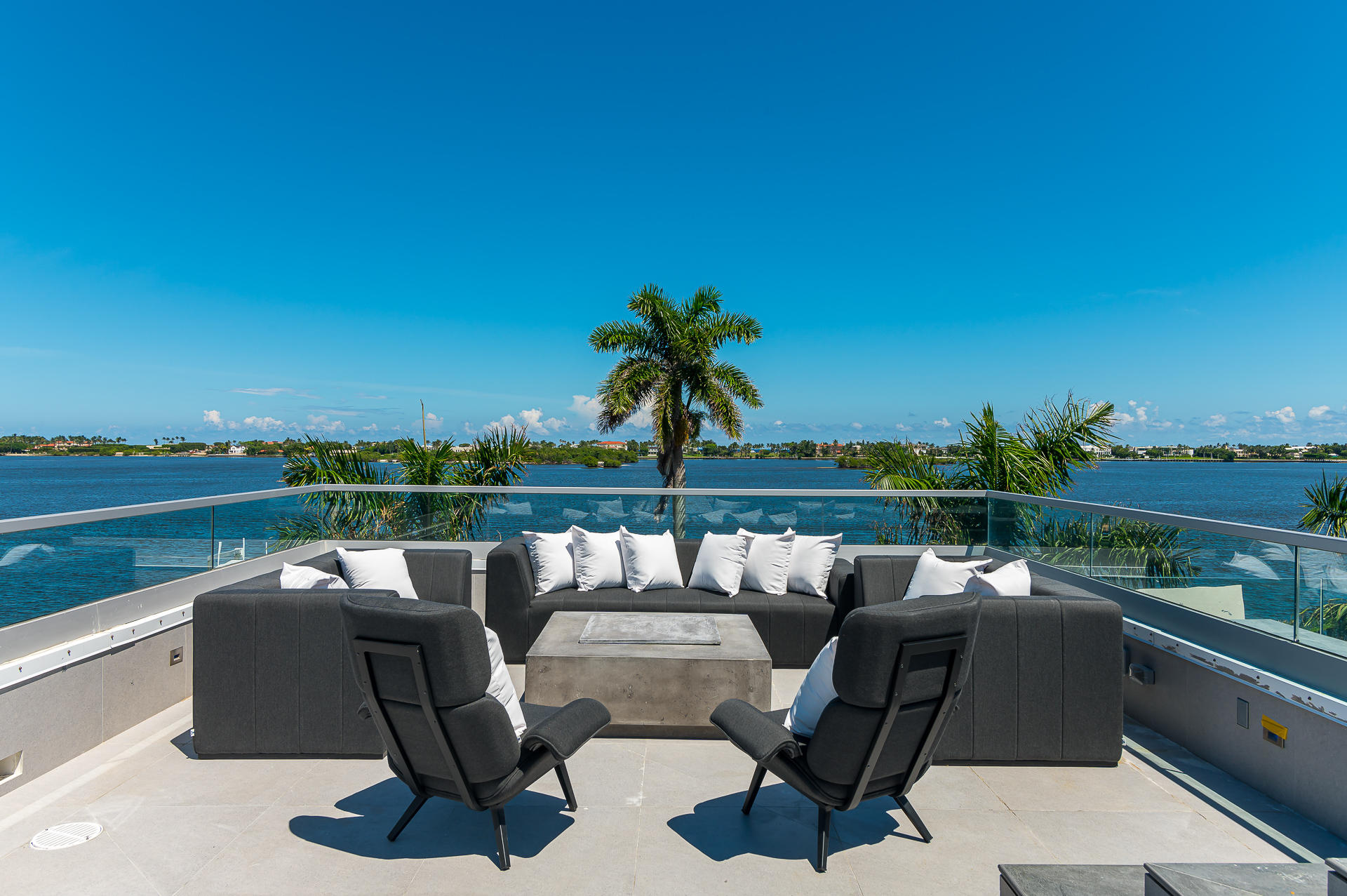 Roof Top views of the Intracoastal