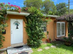 3700 S Olive Avenue  For Sale 10654769, FL
