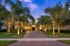 3529  Siena Circle  For Sale 10653431, FL