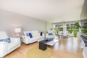 3876  Quail Ridge Drive Blue Heron For Sale 10653484, FL