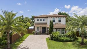 1104 SW 15th Street  For Sale 10650318, FL