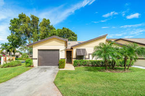 17  Ridgepointe A Drive A For Sale 10653757, FL