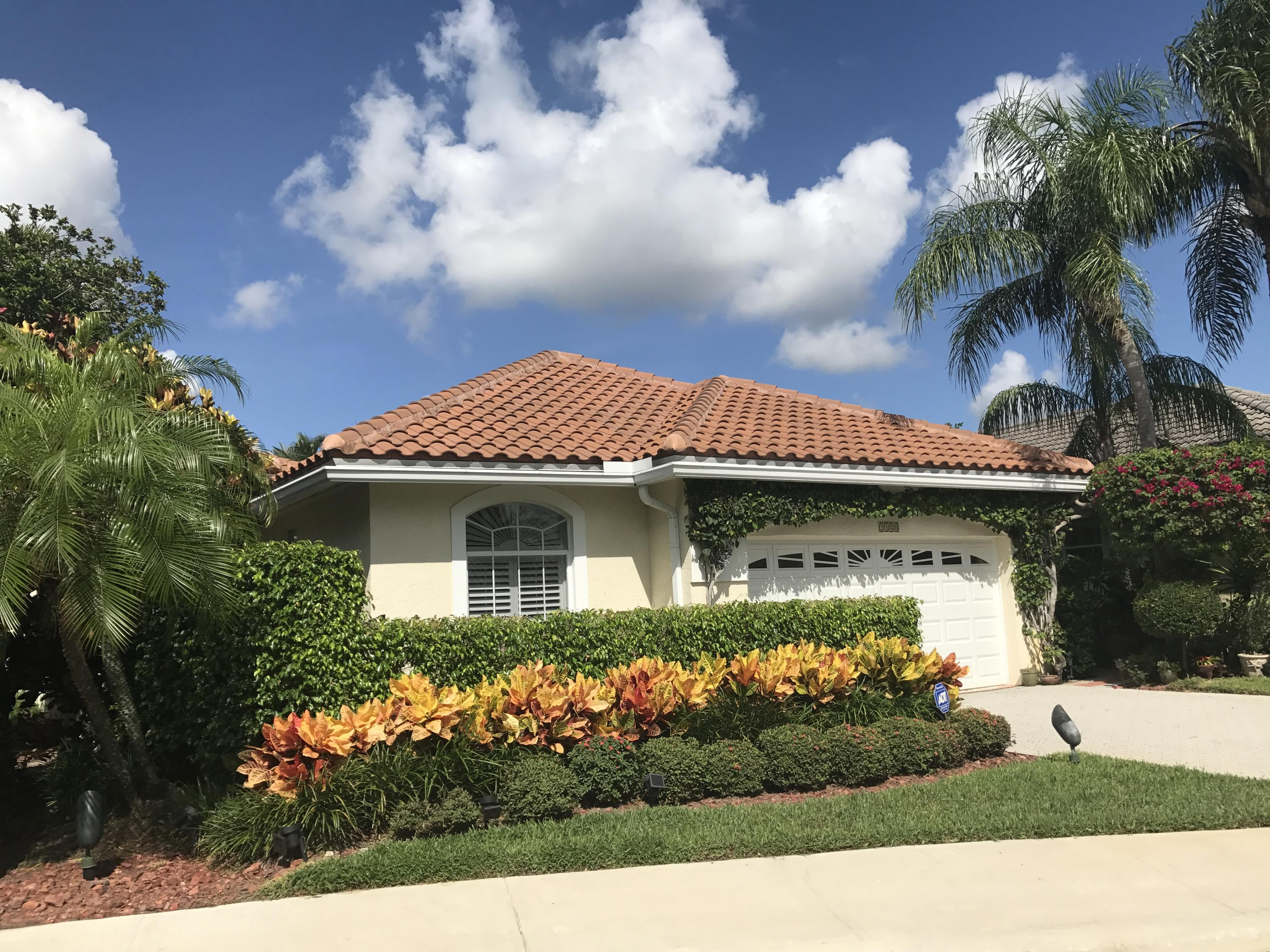 Home for sale in REGENTS PLACE PARTIAL West Palm Beach Florida