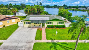 220  Russell Drive  For Sale 10654066, FL