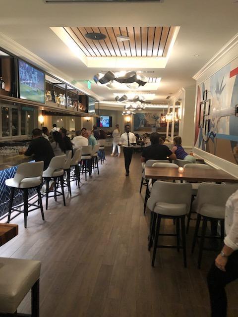 Meet and Greet Bar