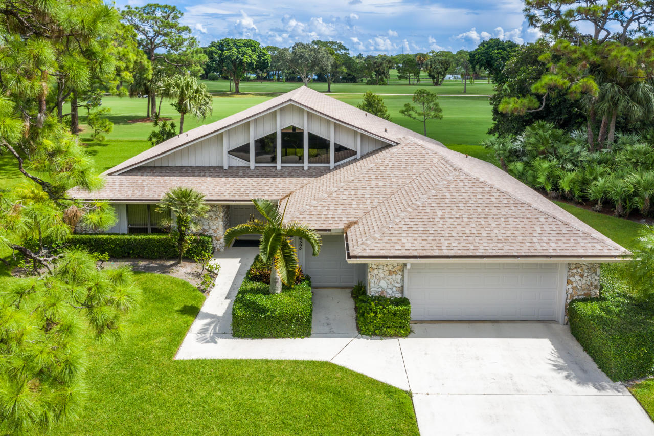 6565 Eastpointe Pines Street, West Palm Beach, Florida 33418, 3 Bedrooms Bedrooms, ,2.1 BathroomsBathrooms,A,Single family,Eastpointe Pines,RX-10654119