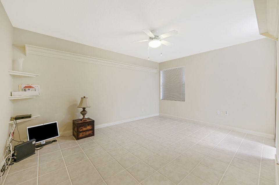 2852 White Trout Lane West Palm Beach, FL 33411 photo 15