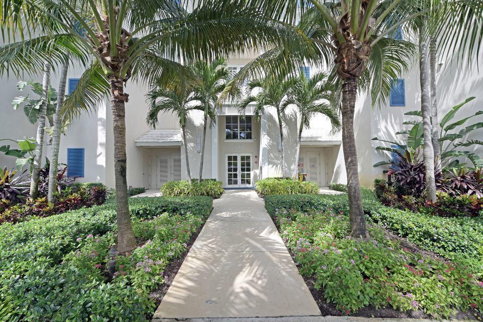 613 Bay Colony Drive Juno Beach, FL 33408 photo 3