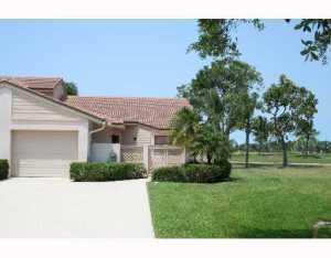 473 Prestwick Circle, Palm Beach Gardens, Florida 33418, 2 Bedrooms Bedrooms, ,2 BathroomsBathrooms,F,Townhouse,Prestwick,RX-10654270